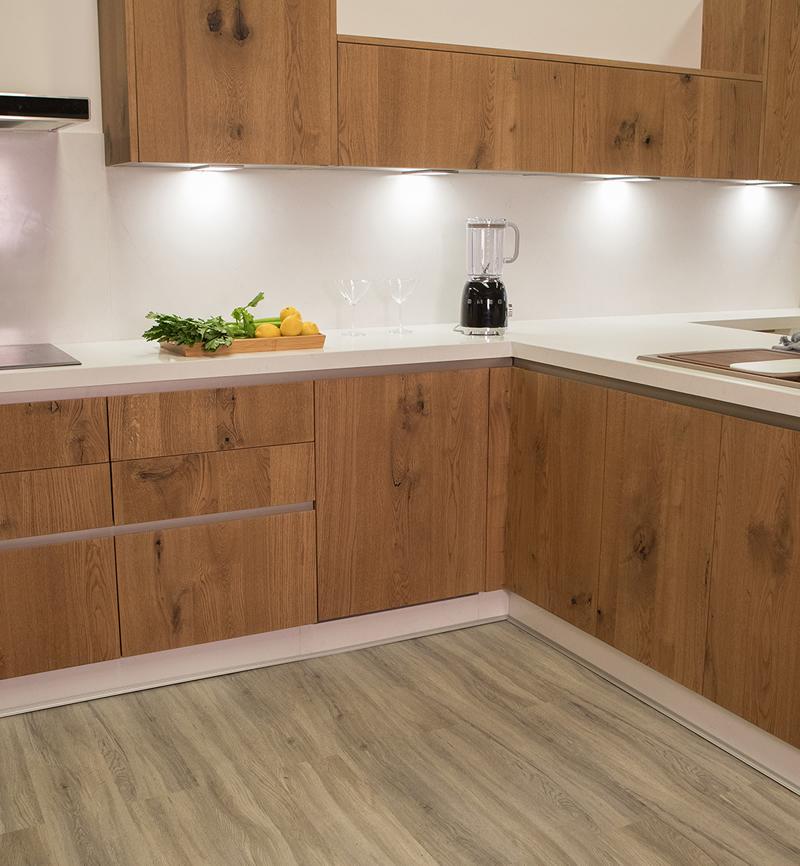 Tu cocina sin obras con suelo vin lico vinylclick for Suelos vinilicos para cocina